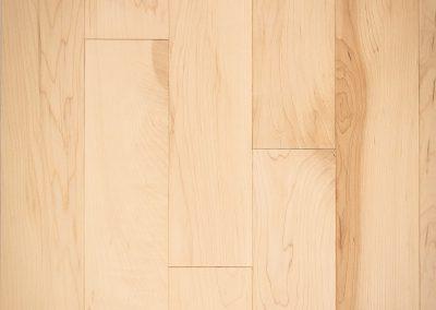 Natural select grade maple floor, varnished Glace color