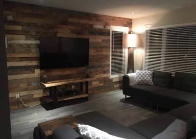 Mur de bois de grange brun