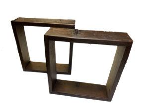 Cubes en bois de grange brun